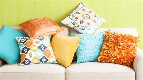 cojines para sofas cojines para sof 225 s variedad de formas westwing