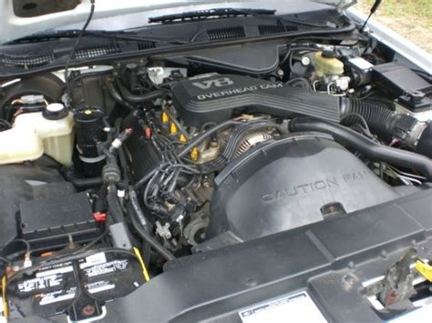 how do cars engines work 2009 lincoln town car engine control 2009 lincoln town car usedengine description gas engine 4 6 8 auto col rwd 4 6l vin v