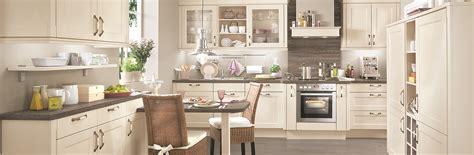 moderne einbauküchen nauhuri klassische k 252 che kiefer neuesten design