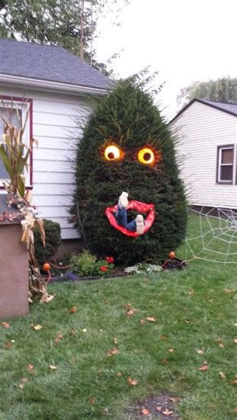 home made halloween decorations top 21 creepy ideas to decorate outdoor trees for