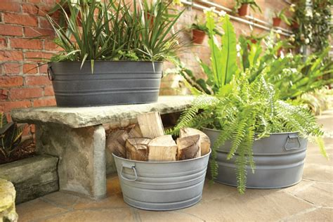 Painting Plastic Planters by Painting Outdoor Plastic Plant Pots Modern Patio Outdoor