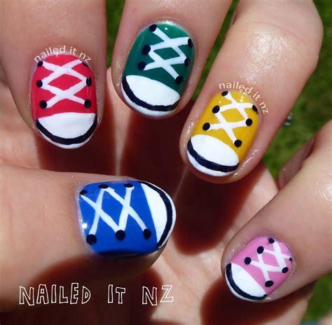 tutorial nail art converse nail art for short nails 9 chuck taylors shoe nails