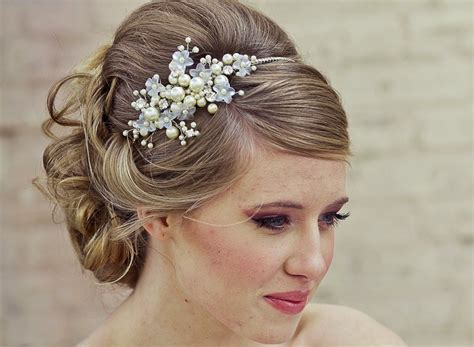Wedding Hair With Headband by Hairstyles With Headbands For The Ultimate Bridal Look