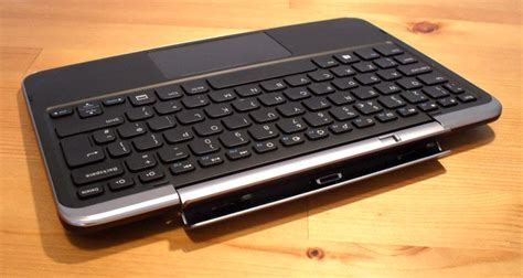 Keyboard Xps 10 Genuine Dell Xps 10 Mobile Keyboard Dock With Battery Uk Layout New Ebay