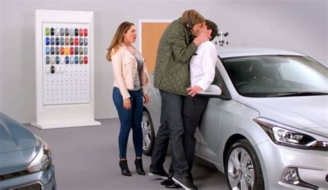 commercial model uk hyundai i20 uk ad with kelly brook is easily brand s