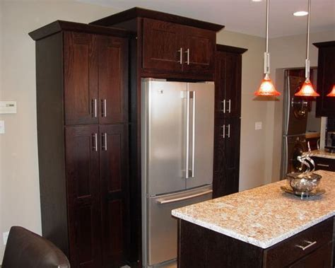 kitchen cabinets around refrigerator 25 best ideas about refrigerator cabinet on