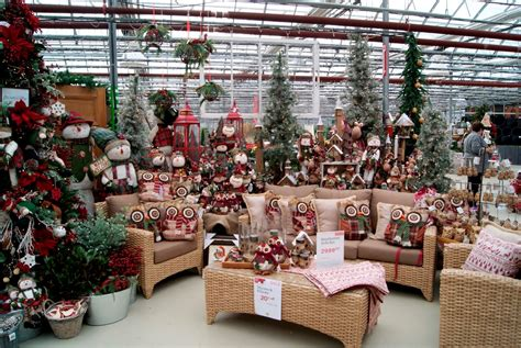 ideas for using greenhouse for outdoor christmas decorating season garden center nursery ideas commercial greenhouse structures systems design