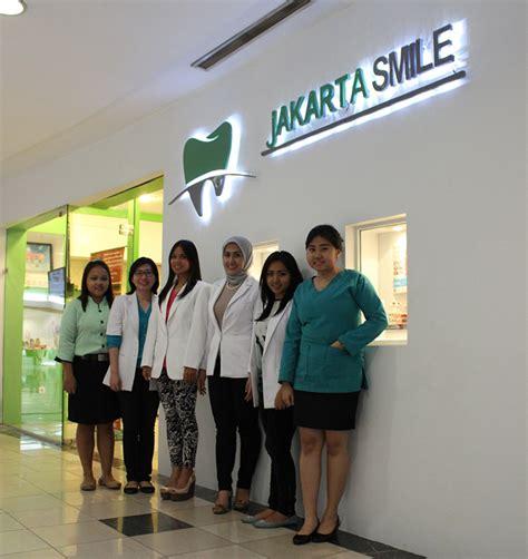 Biaya Membersihkan Karang Gigi Di Klinik Nadira jakarta smile perawatan gigi berkualitas dengan harga terjangkau