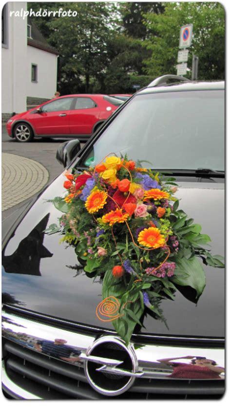 Fã R Auto Hochzeit by Autoschmuck Autodekoration Tinis Blumenladen Rennerod