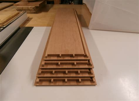 Drawer Bottoms by Cut Dovetails Max Vollmer