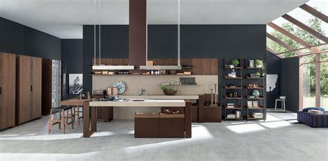 italian architect alfredo zengiaro collaborates with rustic charme cucina con penisola by pedini design alfredo