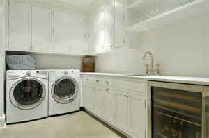 Ideas For Foyers Washer And Dryer In Butlers Pantry Transitional Laundry