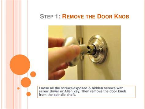 how to fix door knobs