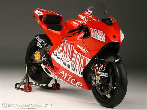 gambar motor ducati
