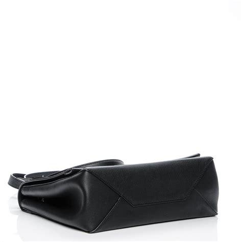 Dompet Louis Vuitton Lockme Ii Soft Calf Leather Hitam M62328 louis vuitton soft calfskin lockme ii noir black 196622