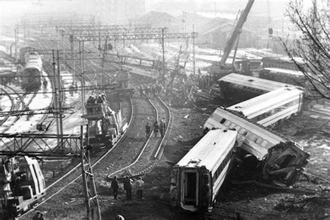 orari treni pavia centrale otto vite violente storie di neofascisti dissociati