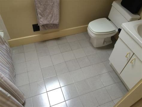 Bathroom remodel: prepping subfloor for replacing tile