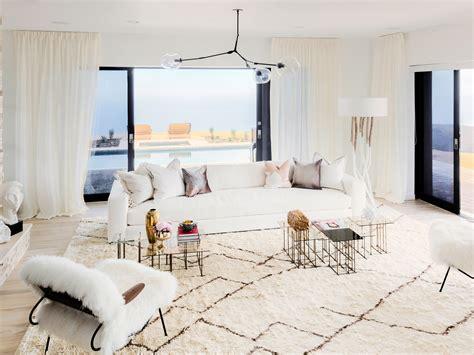 Inside A Living Room - go inside caitlyn jenner s redesigned malibu house