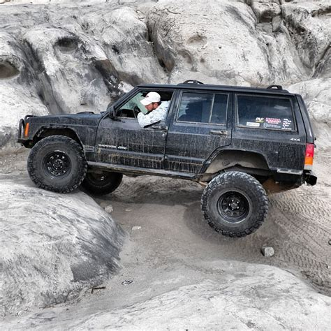 Jeep Xj Rock Crawler How Many Of You Use Your Xj For Rock Crawling Jeep