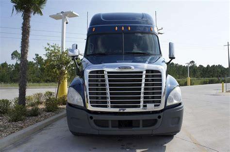 Freightliner Cascadia Sleeper by 2009 Freightliner Cascadia Sleeper Truck For Sale