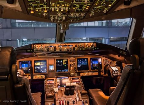 boeing 747 flight deck 378 best images about aircraft interiors cabin n flight