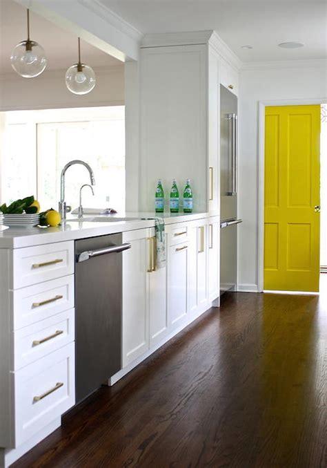 Kitchen Peninsula Cabinets Fridge Next To Dishwasher Design Ideas