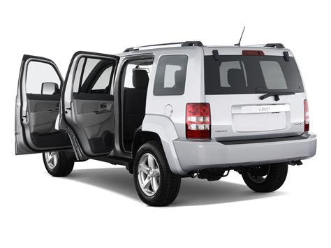 jeep liberty limited 2017 jeep liberty reviews research used models motor trend