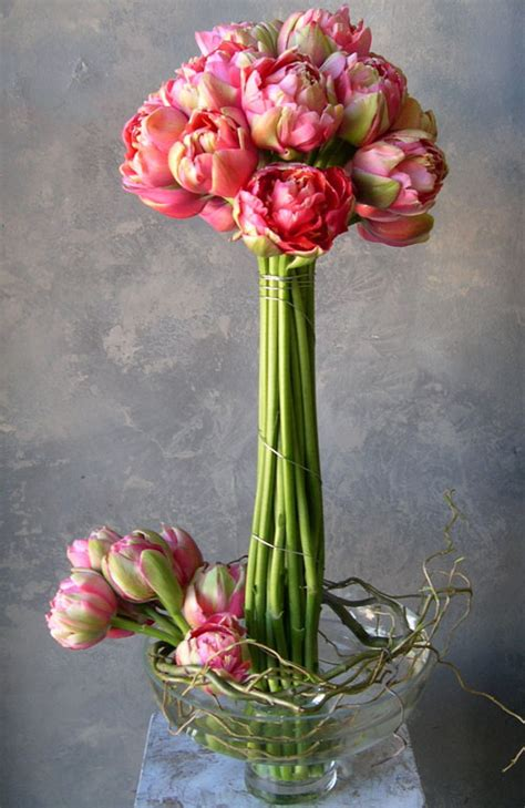 wedding wednesday tulips tulips flirty fleurs