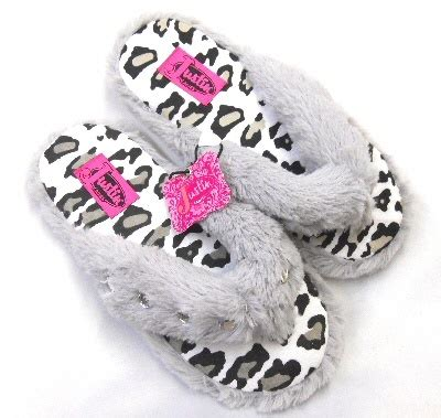 bling house slippers 21 best house slippers images on pinterest slippers flip flop slippers and flip flops