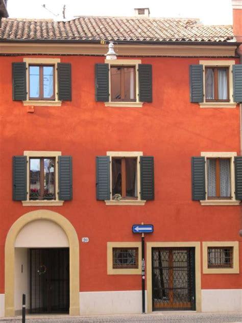 affitto c 224 rossa 31 la casa rossa elegante appartamento nel centro storico