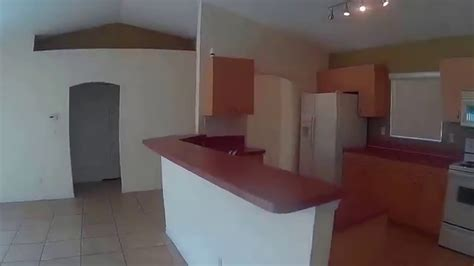 renta cuartos renta de casa de 4 cuartos 2 banos 2 garages en lehigh