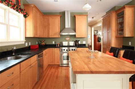 Green Kitchen Walls Brown Cabinets Light Brown Kitchen Cabinets Olive Green Walls Tammy