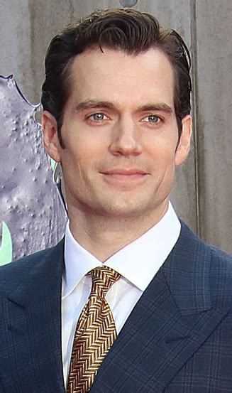 henry cavill hairstyle hair and beard styles henry cavill short hairstyle no