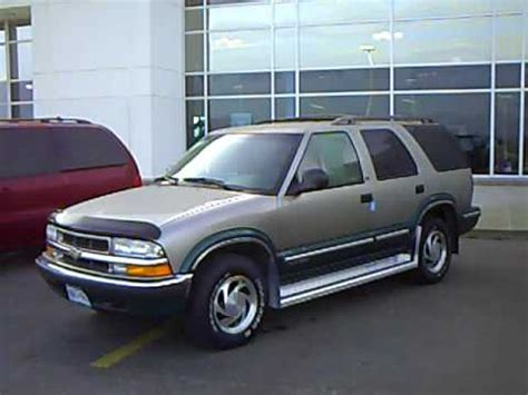 blazer dash bezel how to 1998 98 chevrolet chevy blazer car radio stereo autos post
