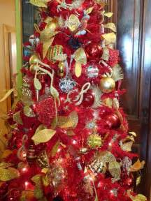 Red And Gold Home Decor by 17 Best Luxury Cream And Gold Christmas Decor Images On