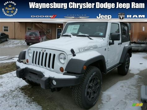 jeep moab edition 2013 bright white jeep wrangler moab edition 4x4 76332775