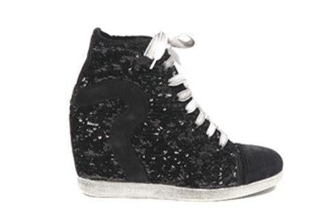 sneaker con tacco interno vertiginose le quot thelma quot nuove sneaker con tacco by ruco