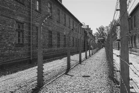 auschwitz and after auschwitz tour your mobile travel guide tour and map