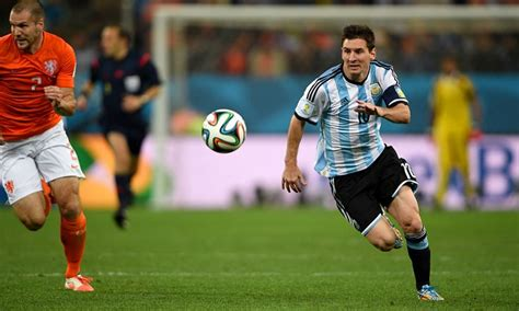 messi wallpaper for macbook 12 best lio messi hd wallpapers images on pinterest