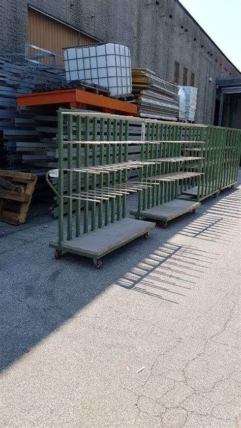 scaffali con ruote 4 livelli base con ruote scaffali usati compravendita