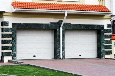 Should I Paint My Aluminum Garage Doors Mb Jessee Paint Aluminum Garage Door