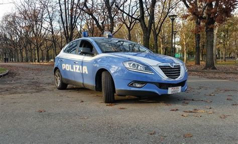 ufficio immigrazione presso ufficio stranieri polizia torino controlli della polizia di stato in barriera di