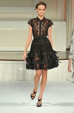 oscar de la renta must haves best styles from our collections latest summer trends must haves