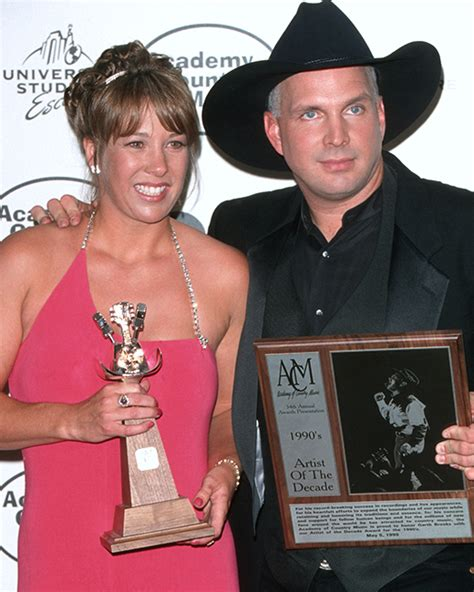 is garth brooks ex sandy mahl brooks still alive the 15 most expensive celebrity divorces of all time