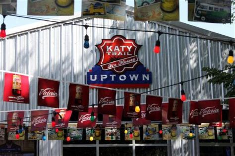 katy trail ice house the 10 best restaurants near le meridien dallas the stoneleigh