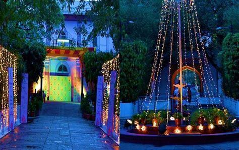 Light Bulbs ? Cheap Indian Wedding Decoration Ideas