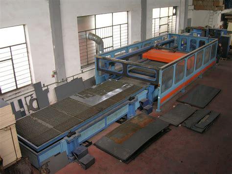 produzione sgabelli produzione sgabelli e complementi per arredi negozi