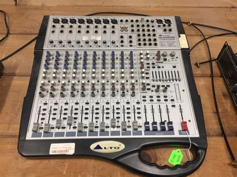 Mixer Alto 12 Channel alto pm 12 fly 2x300w powered mixer reverb