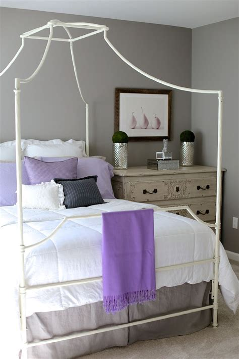 lilac bedroom ideas grey bedroom ideas mixing lilac and grey in an updated bedroom grey bedroom walls pop of