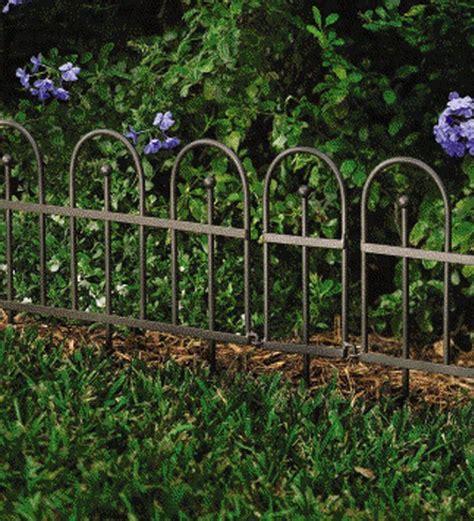 decorative fence edging flower beds 16 best garden border fencing images on pinterest garden